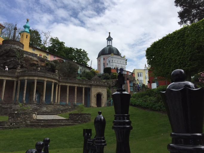 Portmeirion Chess Pieces+View