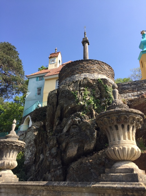 Portmeirion column and house