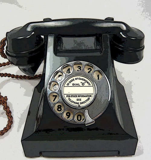 Bakelite Phone modifiedAA