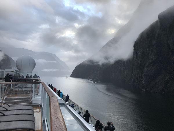 cruise new zealand fjords - 14