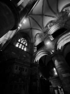 St Magnus Kirkwall BW dark - 1